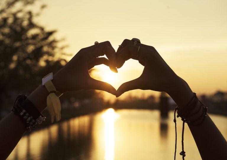 happy yellow day heart